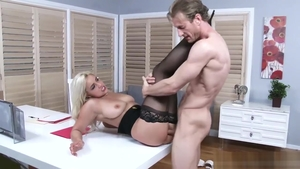 Kylie Page fucking in the ass video