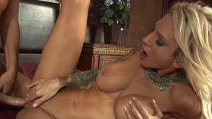 Busty stepmom Sarah Jessie goes in for the best sex