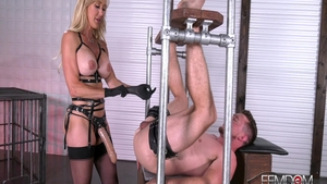 Brandi Love in fetish POV handjob