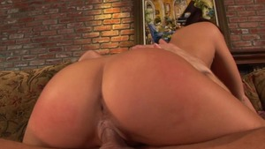 Big tits bisexual Eve Laurence has a passion for handjob
