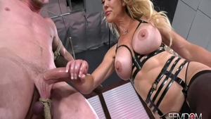 Brandi Love masturbating video