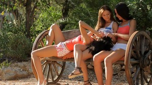 Foursome starring girl