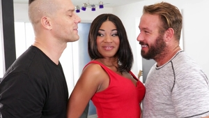 Shaved Lala Ivey threesome
