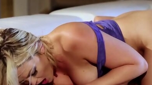 Raw sex starring big butt blonde haired
