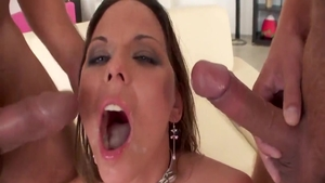 Simony Diamond need gets raw fucking in HD