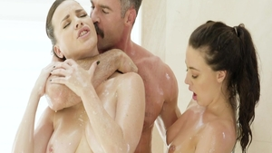 Very hawt brunette Whitney Wright oiled cumshot threesome