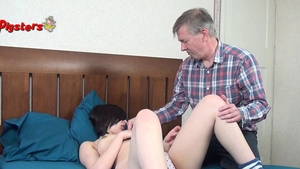 Young british supermodel enjoys orgasm in HD