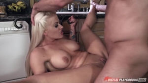 Huge tits pornstar Holly Heart goes for ramming hard