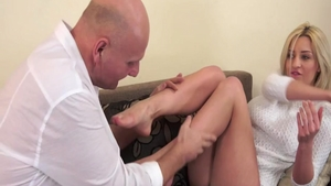 Young babe Sienna Day hard blowjobs on the nature