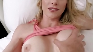 Hot & busty hotwife cumshot in the bed