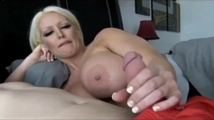 Big boobs italian hotwife finds irresistible deepthroat in HD