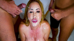 Cumshot together with Anna Di and Kianna Dior