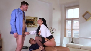 Deepthroat along with big butt brunette Valentina Ricci