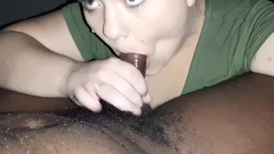 Amateur giving head for big cock and choke