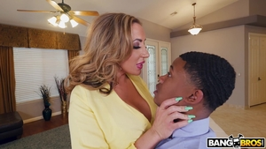 Big butt Richelle Ryan interracial banging