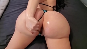 Fail fingering escorted by big ass pawg