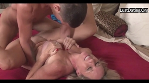 Sexy mature cheating HD