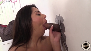 Babe Candi Coxx goes for gloryhole HD