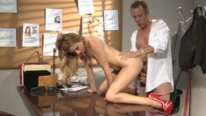 Perfect Lexi Belle feels up to nailed rough