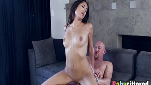 Big butt Chloe Amour finds pleasure in raw fucking