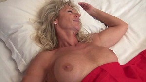Mature fucked anal
