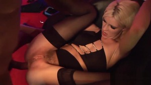 Bends to get fucked with luscious blonde babe in sexy lingerie